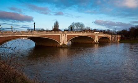 Hampton Court  Bridge, River Thames