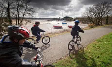 Young cyclists on the Tarka Trail National Cycle Route