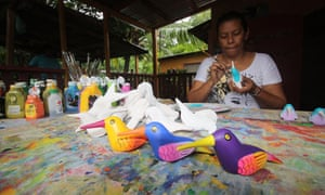 On the Solentiname Islands on Lake Cocibolca locals produce paintings and carvings to sell