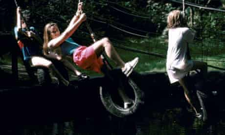 CHILDREN PLAYING AT RIVER DART COUNTRY PARK