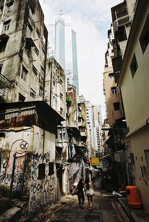 Hong Kong photoblogger: The old alleyways of Central and Sheung Wan