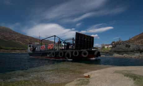 Glenachulish, world's last manually operated turntable ferry