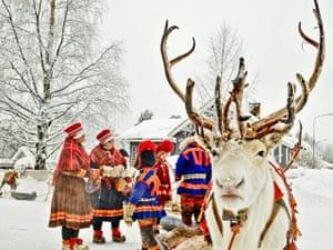 Sami Lapland: Sámi family