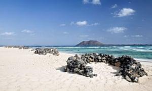Warm and beautiful beach of Corralejo - Fuerteventura