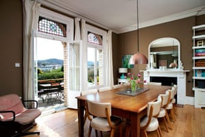 cool cottages devon: The Quarry, dining room