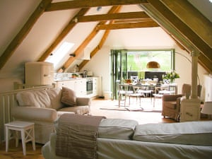 cool cottages devon: Plympton Barn