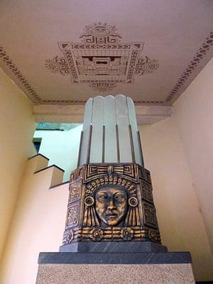 Havana art deco: Vestibule lamp, Teatro Lutgardita, Havana