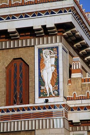 Havana art deco: Terrecotta panelling, Edificio bacardi, Havana
