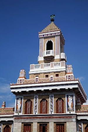 Havana art deco: Edificio Bacardi, ziggurat tower, Old Havana