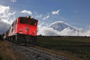 Ecuador train: The Camino al Boliche, near Cotopaxi volcano