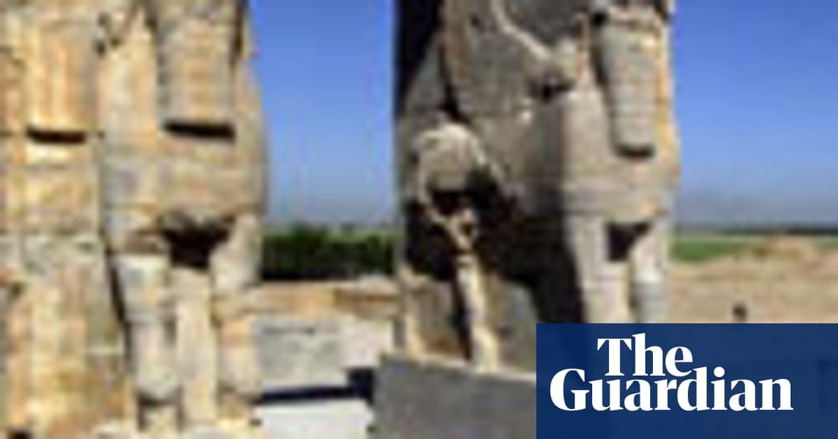 Iran To Rebuild Spectacular Tent City At Persepolis World News The Guardian