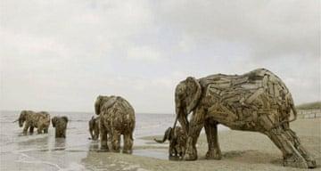 Wooden elephants, De Panne