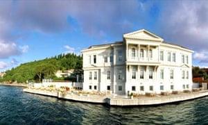 Romantic hotels: Aija Hotel