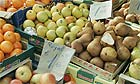 Apples and pears, market food