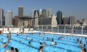 Floating swimming pool in New York