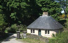 Alastair Sawday's special places to stay in Scotland: Lyndale Gate Lodge