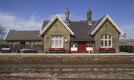 Ribblehead railway station, Yorkshire Dales, England