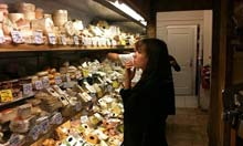 De Kaaskamer, cheese and delicatessen in Amsterdam