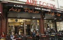 Paris cafes: Aux Folies bar, Paris