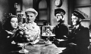 Brief Encounter film showing the railway cafe