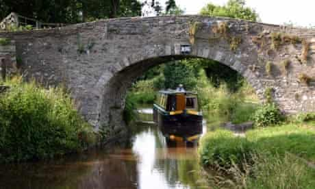 Electric narrowboating, Brecon and Monmouthshire Canal, Wlaes