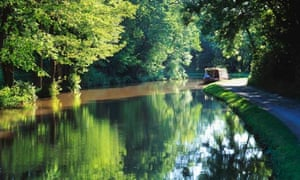 Electric narrowboating in the Brecon Beacons, Wales