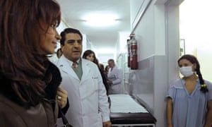 Patient wearing a surgical mask at a hospital in Almirante Brown, Buenos Aires