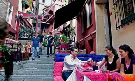 Istanbul, Beyoglu shopping street quarter
