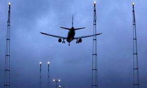 British Airways to train ground staff as cabin crew to beat
