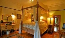 Bedroom at Fingals