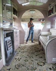 Lovelane Caravans vintage Vickers van