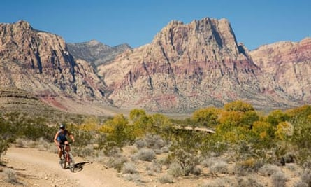 Cycling around Red Rock Canyon