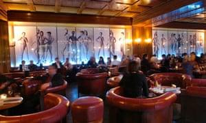 Newton Bar, Berlin