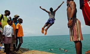 Beach life at São Tomé