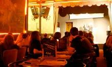 Au Cafe de Paris