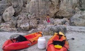 Kayaking in Menorca - bivouacking