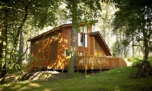 One of the luxury cabins in Sherwood Pines Forest Park