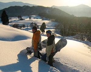 Snowboarders in Fukui
