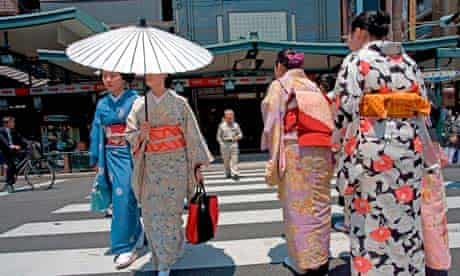 Geishas in the Pontocho district of Kyoto