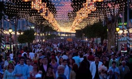 Seville enjoys the fun of the Feria