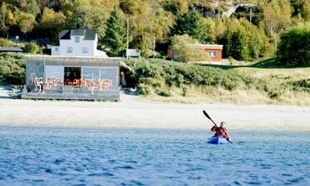 Kayaking at Stokkøya Sjøsenter in Norway