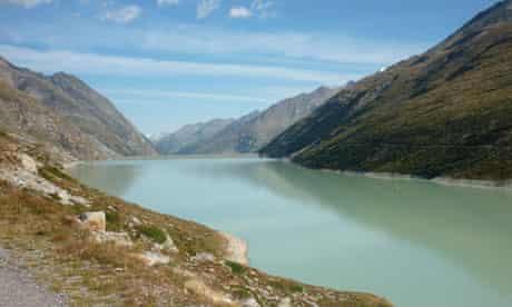 The stunning Mattmark lake above Saas Almagell
