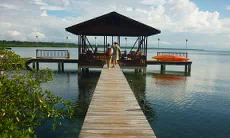 Tranquilo Bay ecolodge private jetty