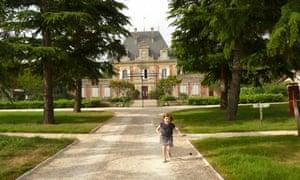 Inès at Château Saint Ahon near Bordeaux in France