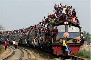 Travel Photo of Year: Train in Tongi, Bangladesh