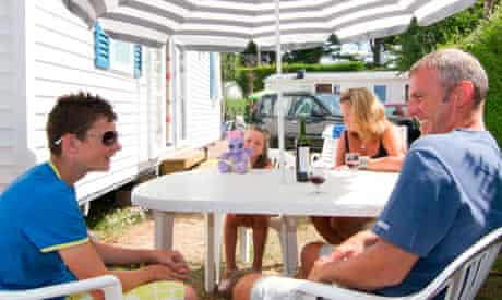 Family time at Camping la baie