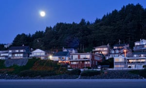 Cannon Beach by night