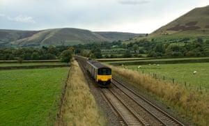 Passenger train approaching Edale, Derbyshire