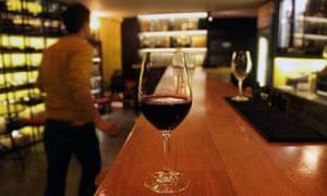 Oinoscent wine bar, Athens