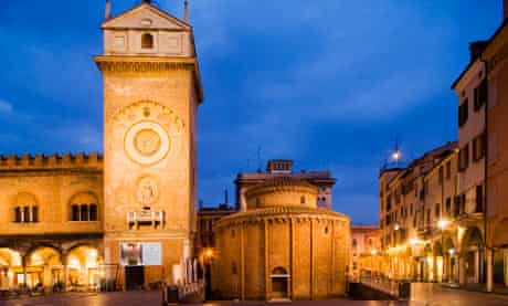 Torre dell'Orologio and Rotonda di San Lorenzo, Mantua